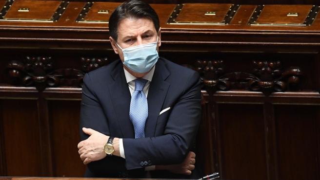 Conte dimite como primer ministro italiano y deja dos opciones: un tercer  Gobierno con él al frente o elecciones