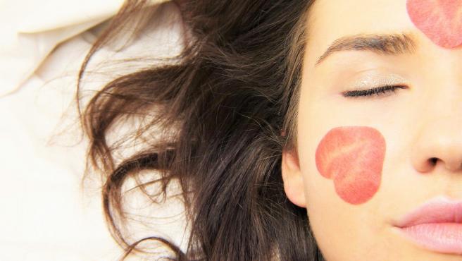 Debido a las bajas temperaturas nuestro cutis se deshidrata y aumentan los trastornos de piel.