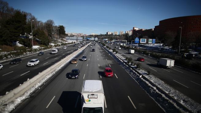 Carretera M-30 a su paso por La Estrella.