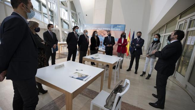 Firma del 'Pacto social pola Vivenda de Galicia 2021-2025'.