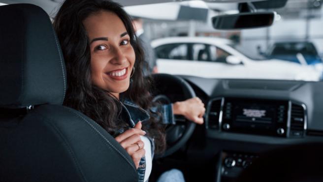 Este aparato ayuda a mejorar la calidad del aire dentro del coche.