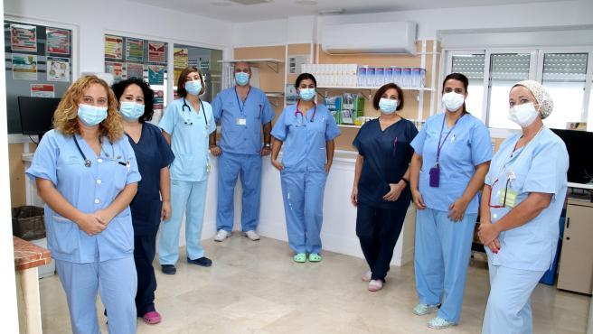 Equipo multidisciplinar del centro satélite de donación de leche materna del Hospital Virgen Macarena.