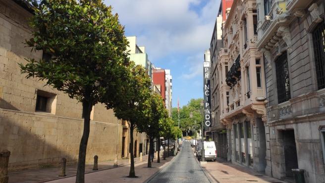 Calle San Francisco, en Oviedo