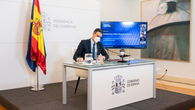 El presidente del Gobierno, Pedro Sánchez, en la edición telemática del Foro de Davos.