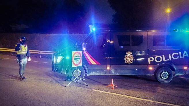 Control policial para garantizar un cierre perimetral