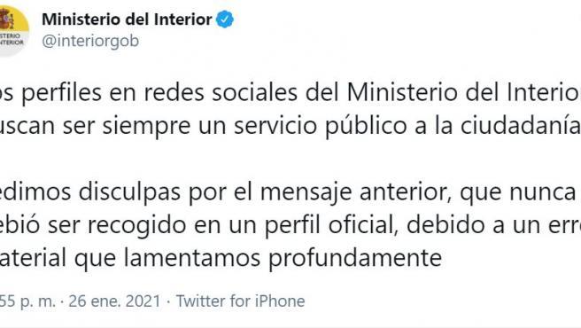 Captura del tuit de disculpas del Ministerio de Interior.