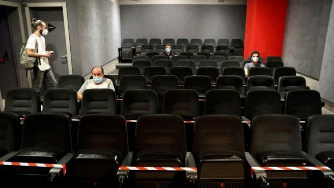 Un cine de Madrid permitirá pagar las entradas con pesetas hasta abril.