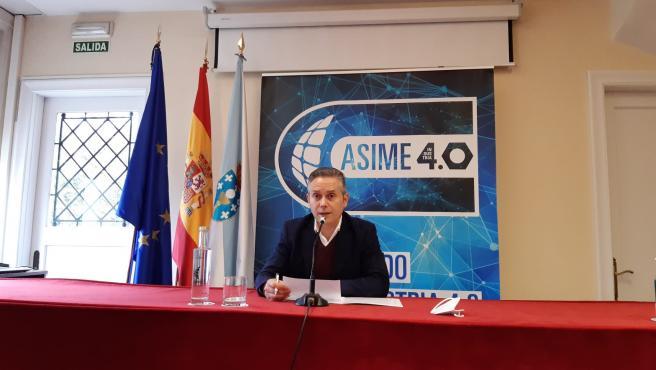 El secretario general de la Asociación de Industriales Metalúrgicos de Galicia (Asime), Enrique Mallón, en una rueda de prensa en enero de 2021