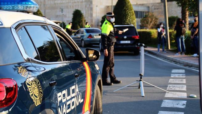 Control policial en Alcalá de Guadaíra.