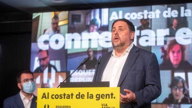 El líder de ERC, Oriol Junqueras, junto al vicepresidente de la Generalitat y candidato republicano a la Presidencia, Pere Aragonès, en un acto telemático de campaña.