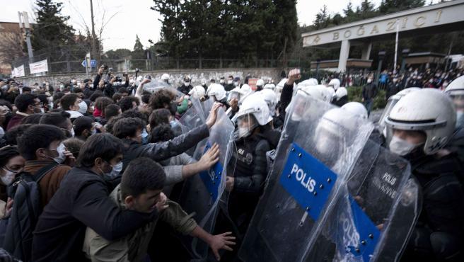 Protesta estudiantil en la Universidad de Bogazici, en Estambul.