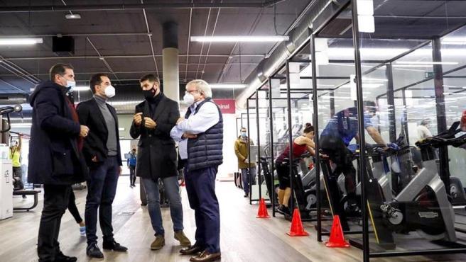 El vicepresidente de la Comunidad de Madrid, Ignacio Aguado, en una instalación deportiva.