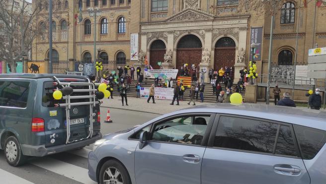 Los interinos de la Administración pública se manifiestan en Zaragoza y Huesca contra la precariedad laboral.