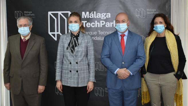 Vista de la embajadora de Moldavia en España, Victoria Agrici, en una visita al PTA