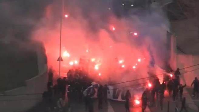 Ultra del Olympique de Marsella, durante las protestas