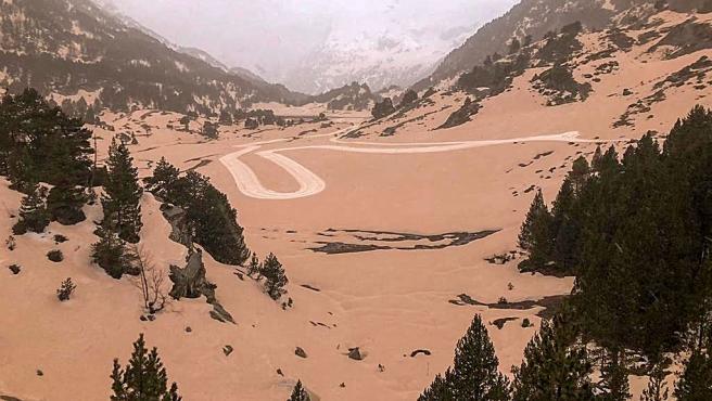 Lluvia de barro en los Pirineos.