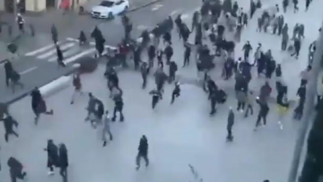 Disturbios en Vic tras un mitin de Vox.