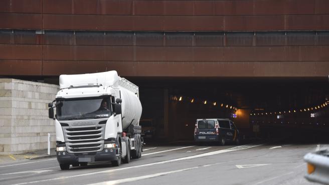 LA DGT realiza a partir de este lunes una campaña de control de camiones y autobuses en las carreteras aragonesas.
