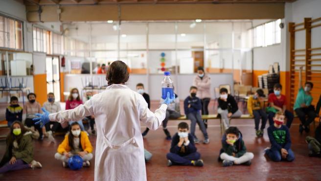 Imagen de archivo de un taller científico para niños en la Ciutat de les Arts