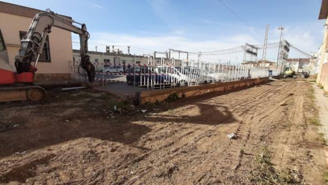 Obras para el cierre de las estaciones de Sant Vicenç de Calders y Segur de Calafell