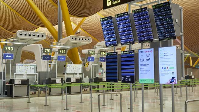 Interior de la terminal T4 del Aeropuerto Adolfo Suárez Madrid-Barajas.