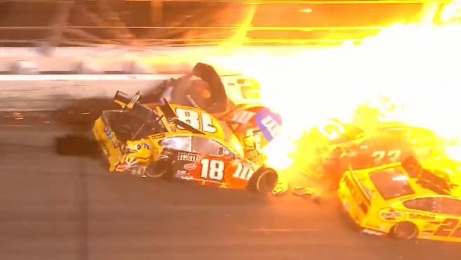 Accidente en la Daytona 500 de la NASCAR.