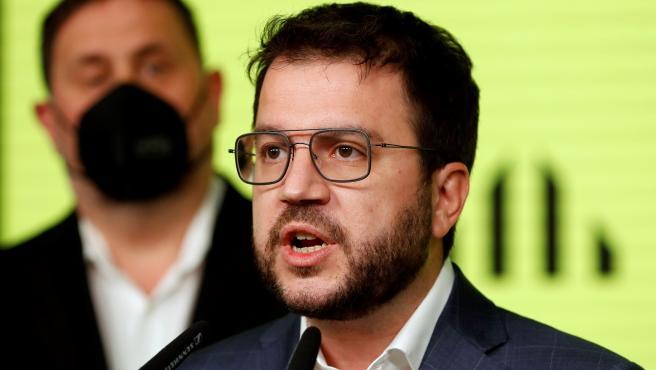El candidato de ERC a la presidencia de la Generalitat, Pere Aragonès, comparece en Barcelona para valorar los resultados de las elecciones.