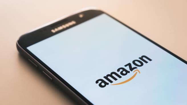 En 2020, los ingresos netos de Amazon fueron de 386.060 millones de dólares, según Statista.