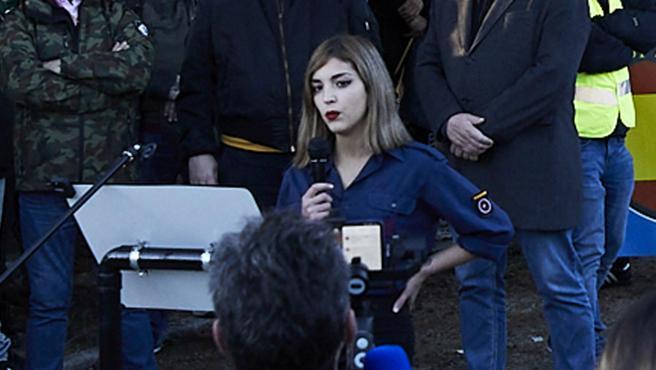 Isabel M. Peralta, durante su intervención en la concentración en recuerdo de la División Azul