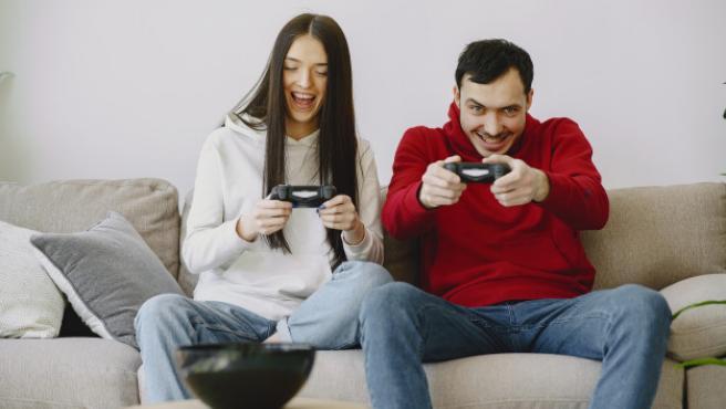 Cada vez son más los que disfrutan de los videojuegos.