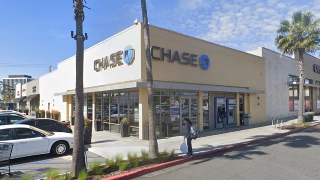 Imagen de una oficina del banco Chase en Los Ángeles.