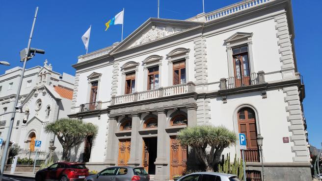 Archivo - Fachada principal del Ayuntamiento de Santa Cruz de Tenerife