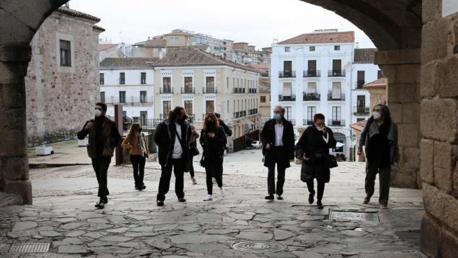 Visita de artistas para trabajar en la próxima edición de 'Cáceres Abierto'