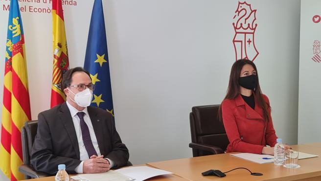 El conseller de Hacienda, Vicent Soler, y la consellera de Innovación, Carolina Pascual,