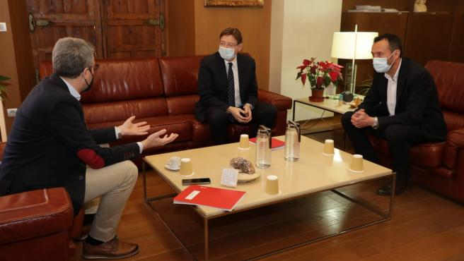 (I-D) El Conseller De Política Territorial, Arcadi España; El President De La Generalitat, Ximo Puig, Y El Alcalde De Elche, Carlos González