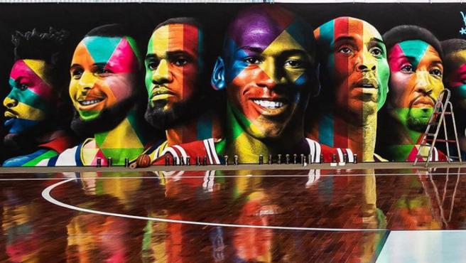 El mural de la cancha de baloncesto de Neymar.