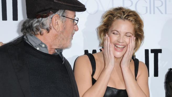 Steven Spielberg y Drew Barrymore, en un acto promocional en 2009.