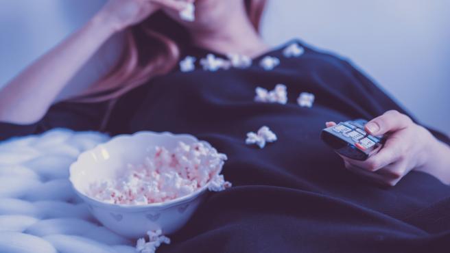 Este aperitivo de maíz es un clásico por excelencia a la hora de ver una película.