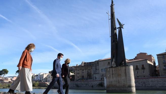 """Capella afea a la alcaldesa de Tortosa (Tarragona) """"entorpecer"""" la retirada del monumento franquista"""