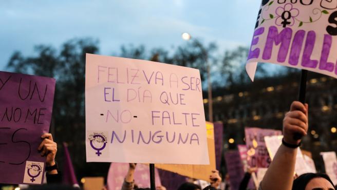 Archivo - Manifestación del 8M (Día Internacional de la Mujer) en Madrid a 8 de marzo de 2020.