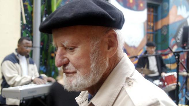 Lawrence Ferlinghetti, en el Festival Internacional de Poesía de San Francisco, en 2007.