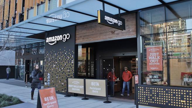 Entrada de un supermercado Amazon Go en Seattle.