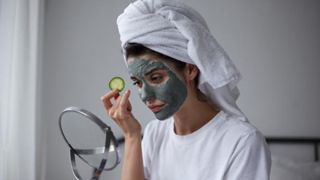 Estos cosméticos cuentan con ingredientes activos que ayudan a nuestra piel.