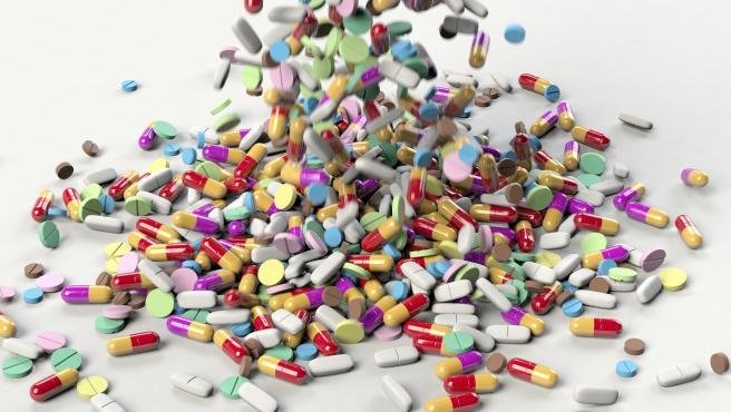 Al unir varios medicamentos en un único comprimido, la impresión de medicamentos en 3D favorece la adherencia de los tratamientos de las personas que toman muchos medicamentos distintos a diario.