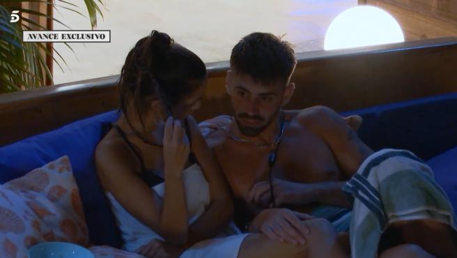 Lucía e Isaac, en 'La isla de las tentaciones'.