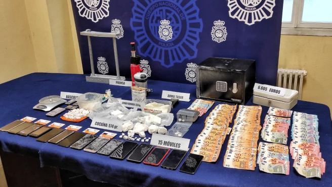 Material incautado en la operación 'Predicador', que permite detener a once personas y desarticular una organización criminal que traficaba con cocaína.