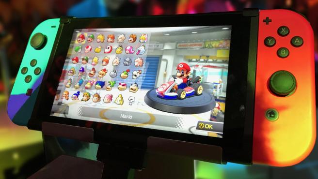 Imagen de archivo de una Nintendo Switch con el juego 'Mario Kart 8 Deluxe'.
