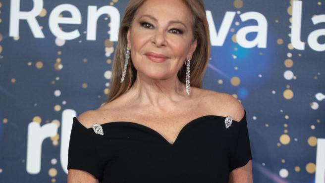 Archivo - Ana Obregón, en la presentación de la programación navideña de RTVE