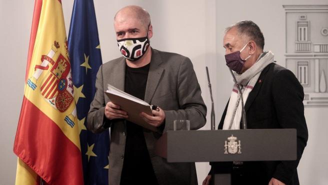 Los secretarios generales de CCOO y UGT, Unai Sordo y Pepe Álvarez,