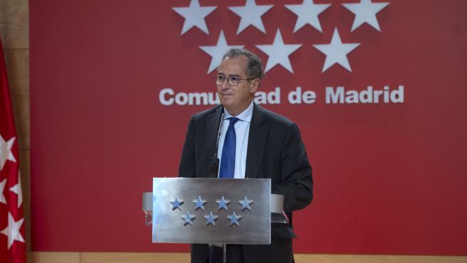 El consejero y portavoz del Gobierno de la Comunidad de Madrid, Enrique Ossorio, este jueves.